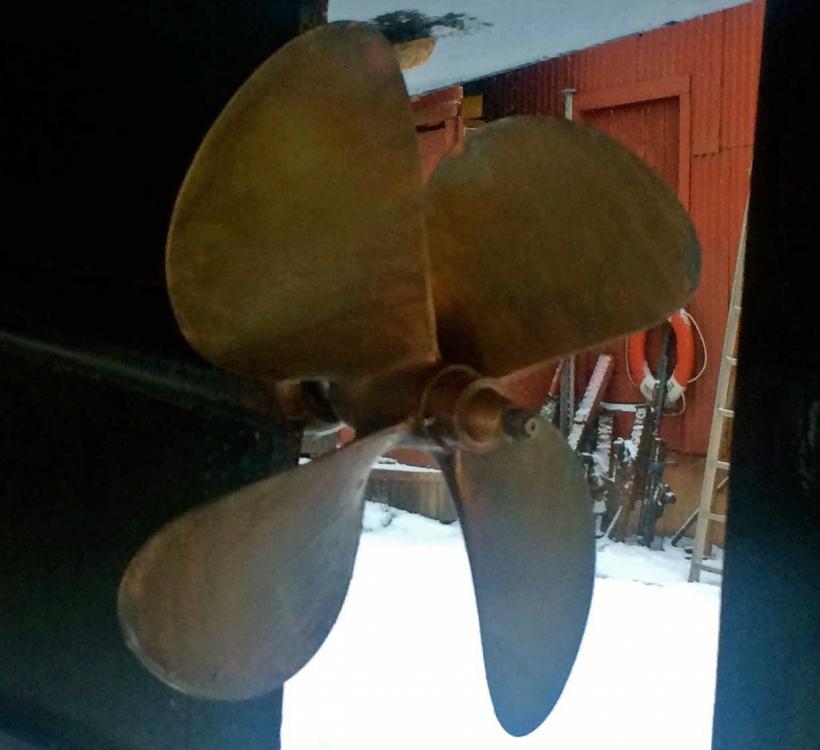 Propeller, Qrooz, Teknik