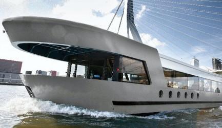 Hyr charterbåt i Stockholm | Qrooz